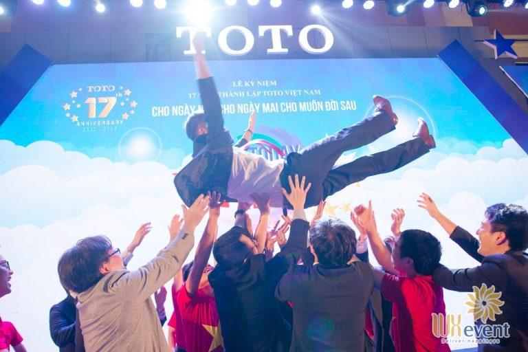 Tổ chức sự kiện – Lễ kỷ niệm 17 năm thành lập TOTO Việt Nam 001
