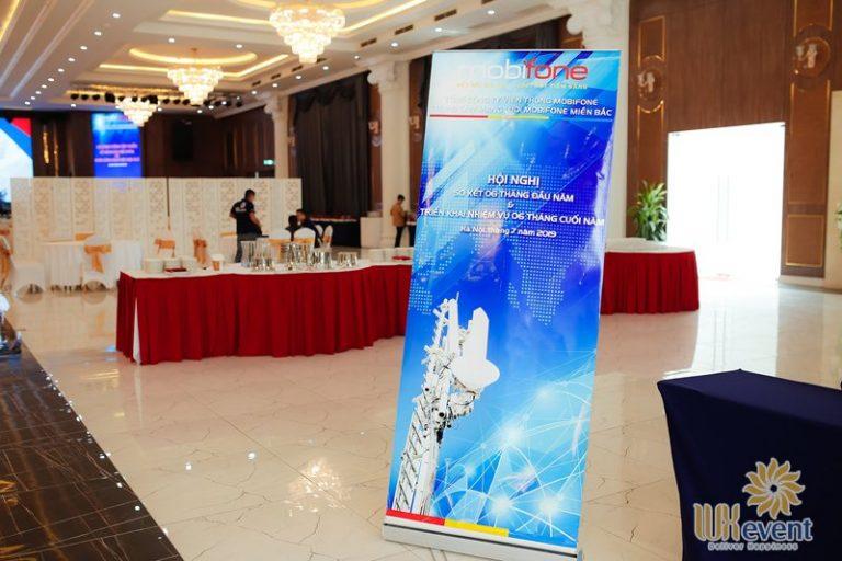 tổ chức hội nghị sơ kết 6 tháng đầu năm - Mobifone 001