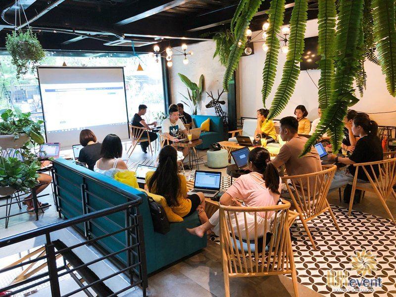 Quán cafe tổ chức workshop, hội thảo tại Hà Nội Cây Coffee
