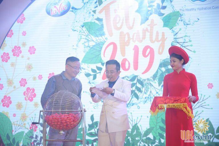 tổ chức tiệc tất niên cuối năm công ty tnhh lavie 012