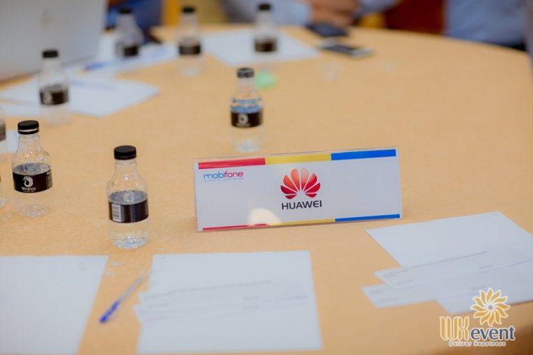 Tổ chức hội nghị sơ kết quý III - Tổng Công ty Viễn thông Mobifone 7