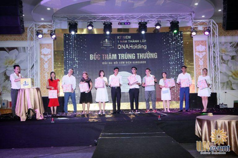 tổ chức lễ kỷ niệm thành lập DNA Holding 043