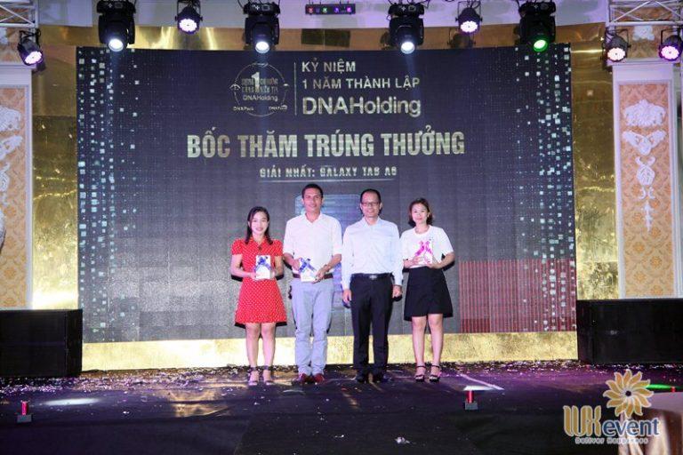 tổ chức lễ kỷ niệm thành lập DNA Holding 044