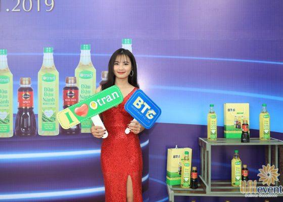 Tổ chức lễ ra mắt sản phẩm mới dầu ăn otran 024