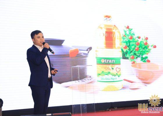 Tổ chức lễ ra mắt sản phẩm mới dầu ăn otran 029