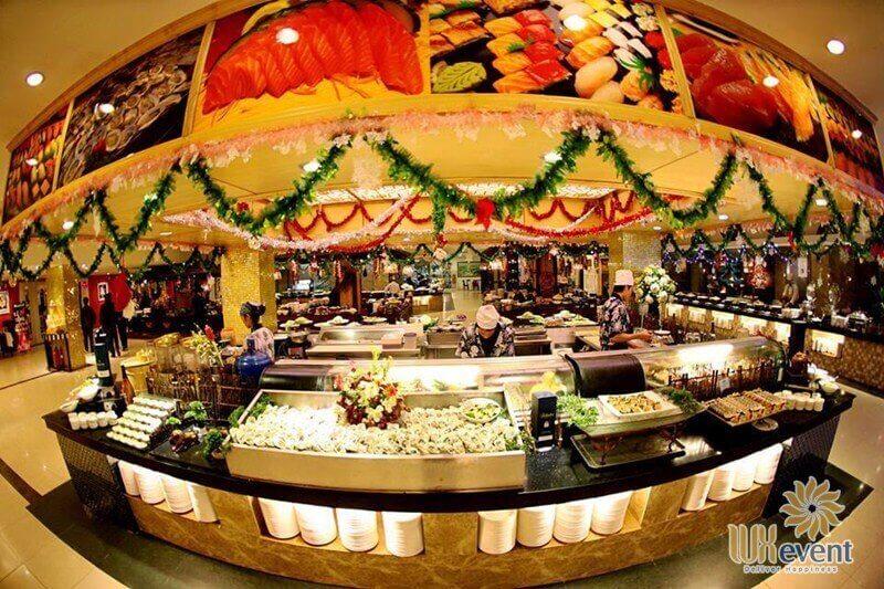Khu buffet quốc tế nhà hàng Sen Tây Hồ
