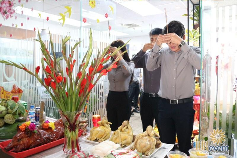 nghi lễ cúng khai trương mùng 9 lấy lộc đầu năm 2020