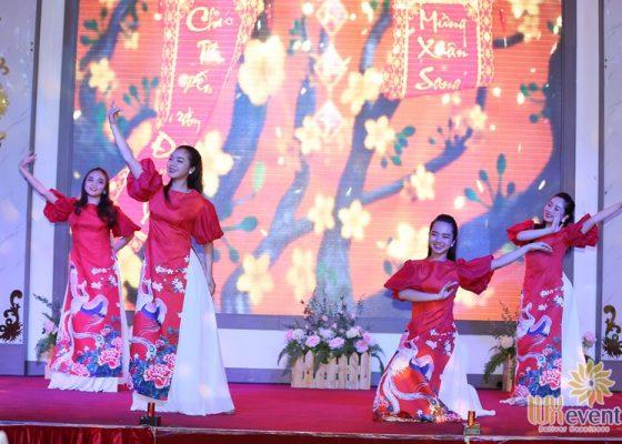 Tổ chức tiệc tất niên cuối năm Tân Long Group 010