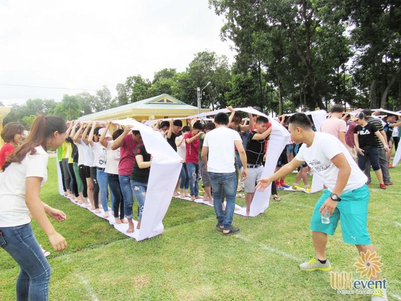 Trò chơi team building Bánh Xe Đồng Đội