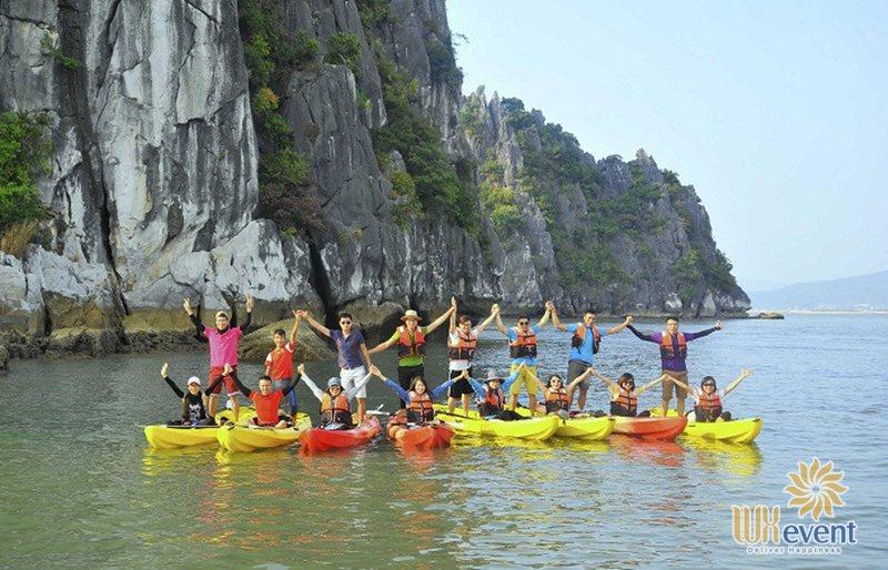 Trò chơi team building trên biển Chèo thuyền kayak