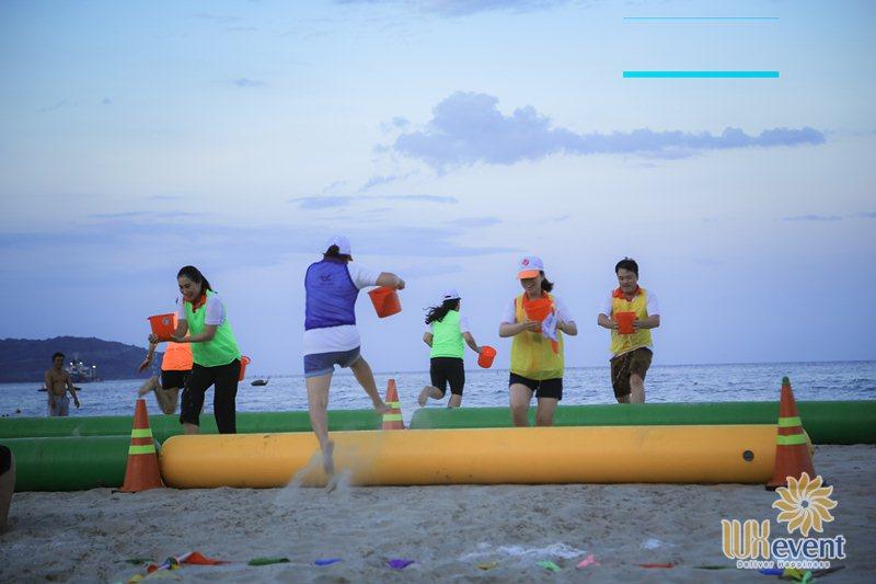 Những trò chơi team building bãi biển