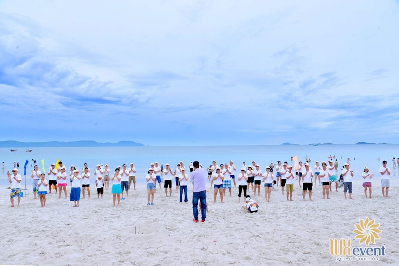 Địa điểm tổ chức team building ở bãi biển Nha Trang