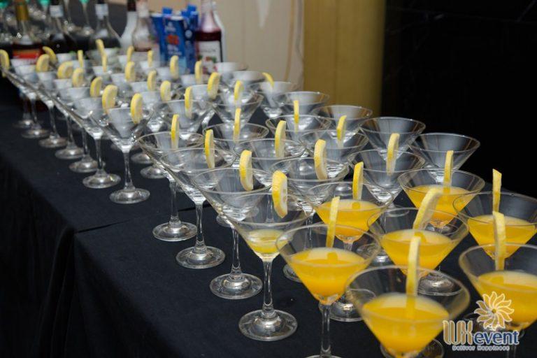 tiệc cocktail hội thảo