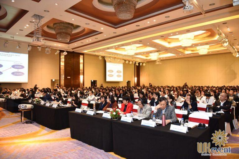 tổ chức hội thảo nhân sự quốc tế