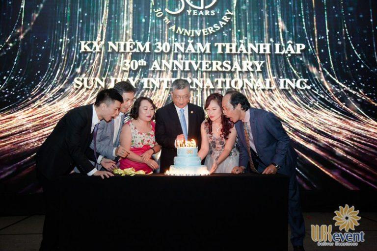 tổ chức sinh nhật công ty 30 năm