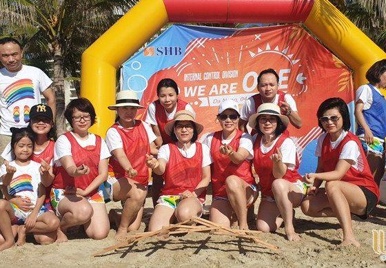 du lịch team building Đà Nẵng khối KSNB ngân hàng SHB 011