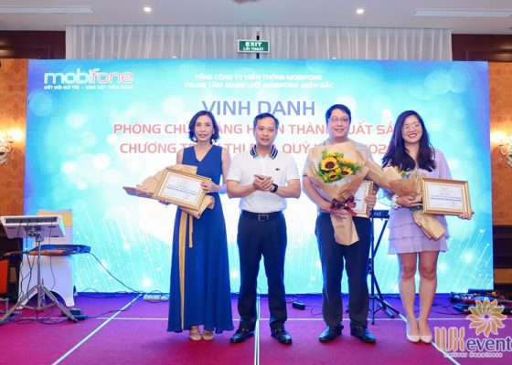 tổ chức hội nghị sơ kết 6 tháng đầu năm 2020 Mobifone 018