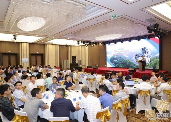 tổ chức hội nghị sơ kết 6 tháng đầu năm 2020 Mobifone 020