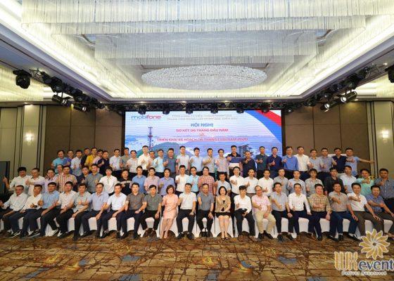 tổ chức hội nghị sơ kết 6 tháng đầu năm 2020 Mobifone 008