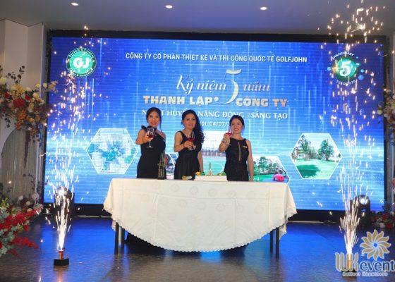 tổ chức lễ kỷ niệm 5 năm thành lập công ty Golfjohn 017
