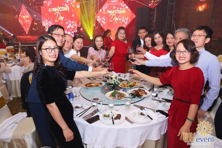 tổ chức tiệc tất niên tại Hà Nội