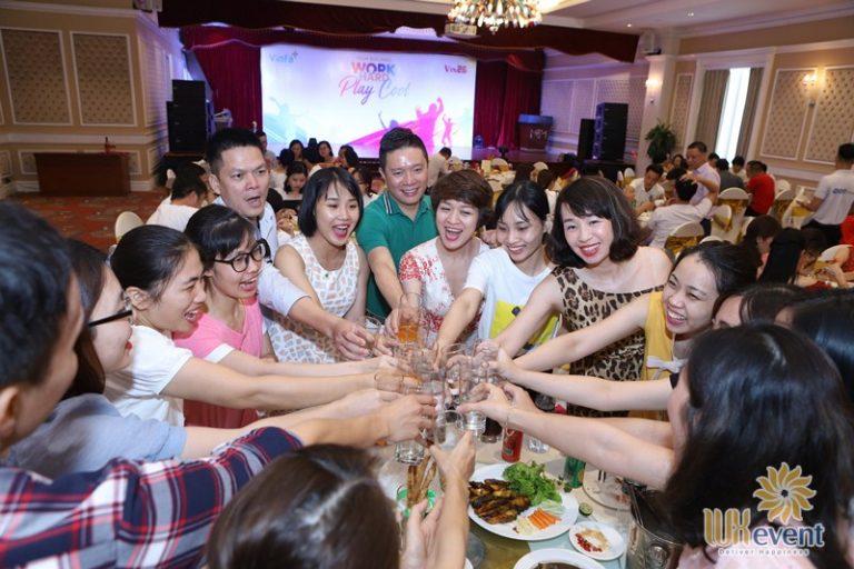dịch vụ tổ chức gala dinner ở Hà Nội