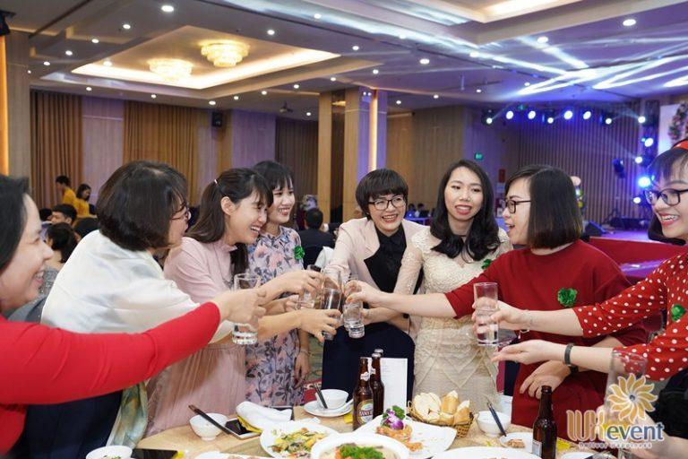 tổ chức gala dinner 009