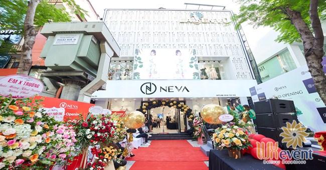 Tổ chức khai trương showroom thời trang NEVA 002
