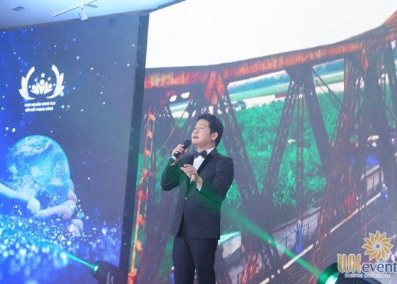 tổ chức hội nghị biểu dương điển hình tiên tiến Trung tâm mạng lưới Mobifone miền Bắc 011
