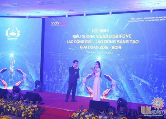 tổ chức hội nghị biểu dương điển hình tiên tiến Trung tâm mạng lưới Mobifone miền Bắc 012