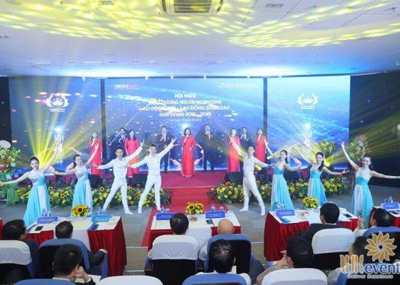 tổ chức hội nghị biểu dương điển hình tiên tiến Trung tâm mạng lưới Mobifone miền Bắc 003