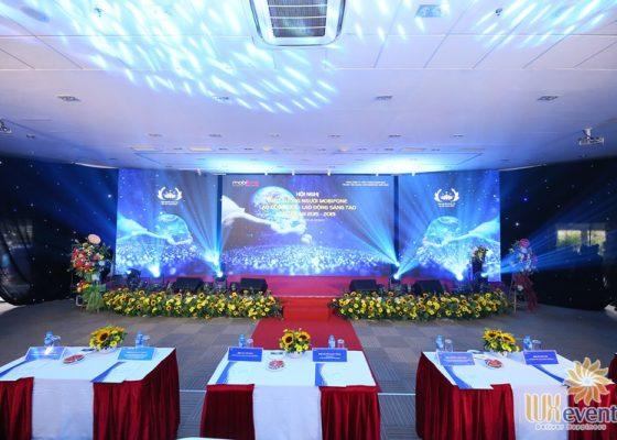 tổ chức hội nghị biểu dương điển hình tiên tiến Trung tâm mạng lưới Mobifone miền Bắc 015