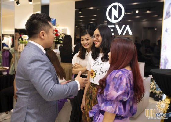 Tổ chức khai trương showroom thời trang NEVA 011