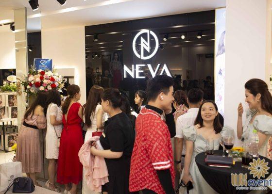 Tổ chức khai trương showroom thời trang NEVA 016