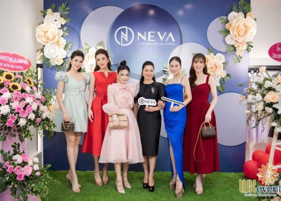 Tổ chức khai trương showroom thời trang NEVA 008