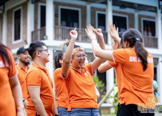 tổ chức du lịch team building Mai Châu - BNI Alignment 013