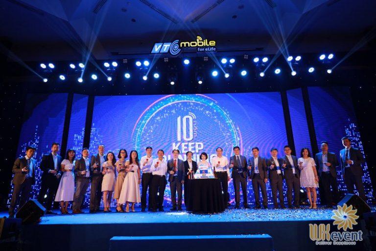 tổ chức lễ kỷ niệm 10 năm thành lập công ty ấn tượng