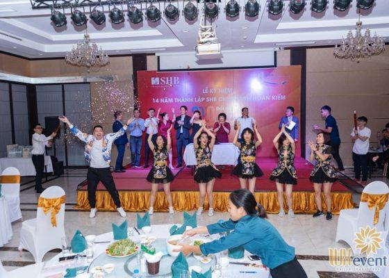 tổ chức lễ kỷ niệm thành lập chi nhánh SHB Hoàn Kiếm 009