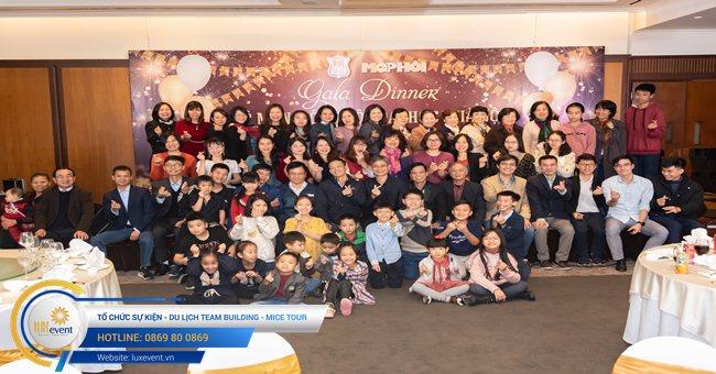 tổ chức gala dinner cuối năm - Đại học Y Hà Nội 001