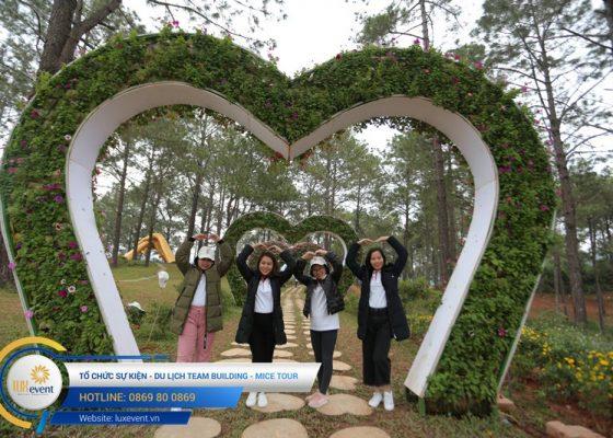 Tổ chức du lịch team building Mộc Châu La Vie Hà Nội 011