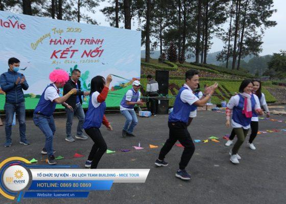 Tổ chức du lịch team building Mộc Châu La Vie Hà Nội 005