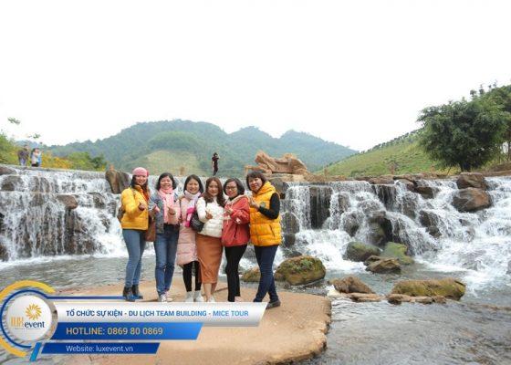 Tổ chức du lịch team building Mộc Châu La Vie Hà Nội 008