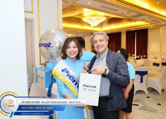 tổ chức hội thảo sức khỏe răng miệng Đài Linh Group 012