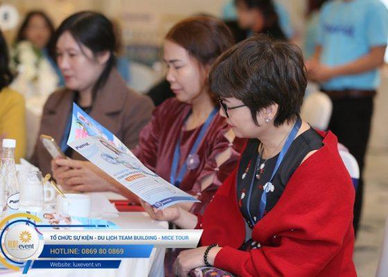 tổ chức hội thảo sức khỏe răng miệng Đài Linh Group 008