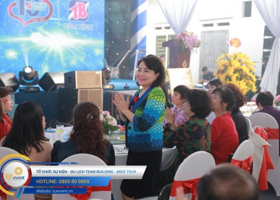 tổ chức lễ kỷ niệm 10 năm thành lập Dược phẩm Tâm Bình 027