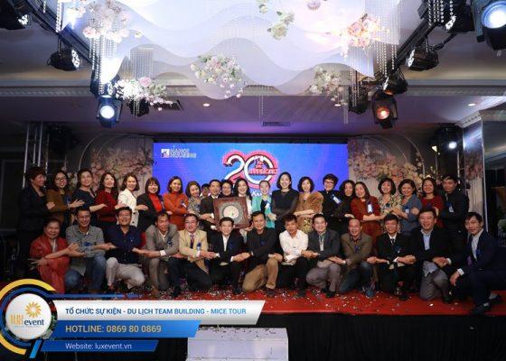 tổ chức lễ kỷ niệm 20 năm thành lập Hanoi Housing 025