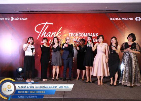 tiệc tất niên cuối năm Techcombank HR Division 012