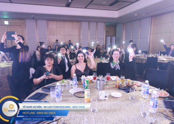 tiệc tất niên cuối năm Techcombank HR Division 015