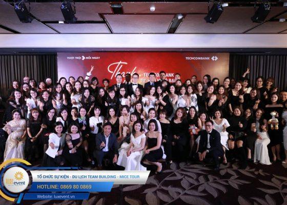 tiệc tất niên cuối năm Techcombank HR Division 007