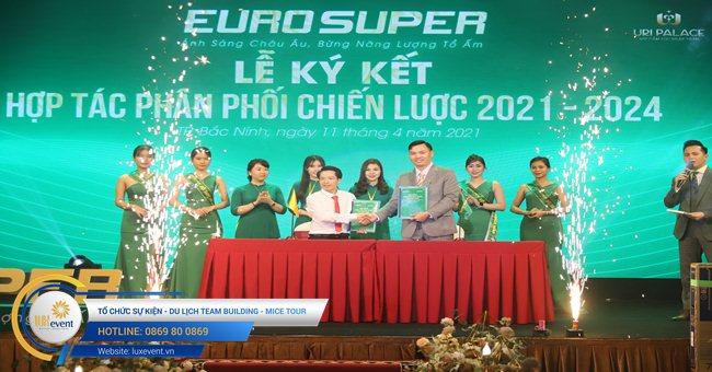 tổ chức hội nghị tri ân khách hàng - Euro Super 001